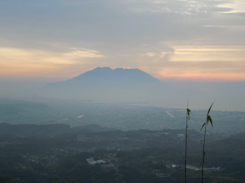 翌朝は5時ごろに眼が覚め、外を見てみると、こんな素晴らしい景色!
