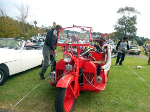 ジャイアント 消防三輪車