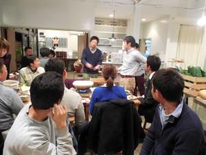 久美田さんが、熱く自然薯のウンチクを語ります。