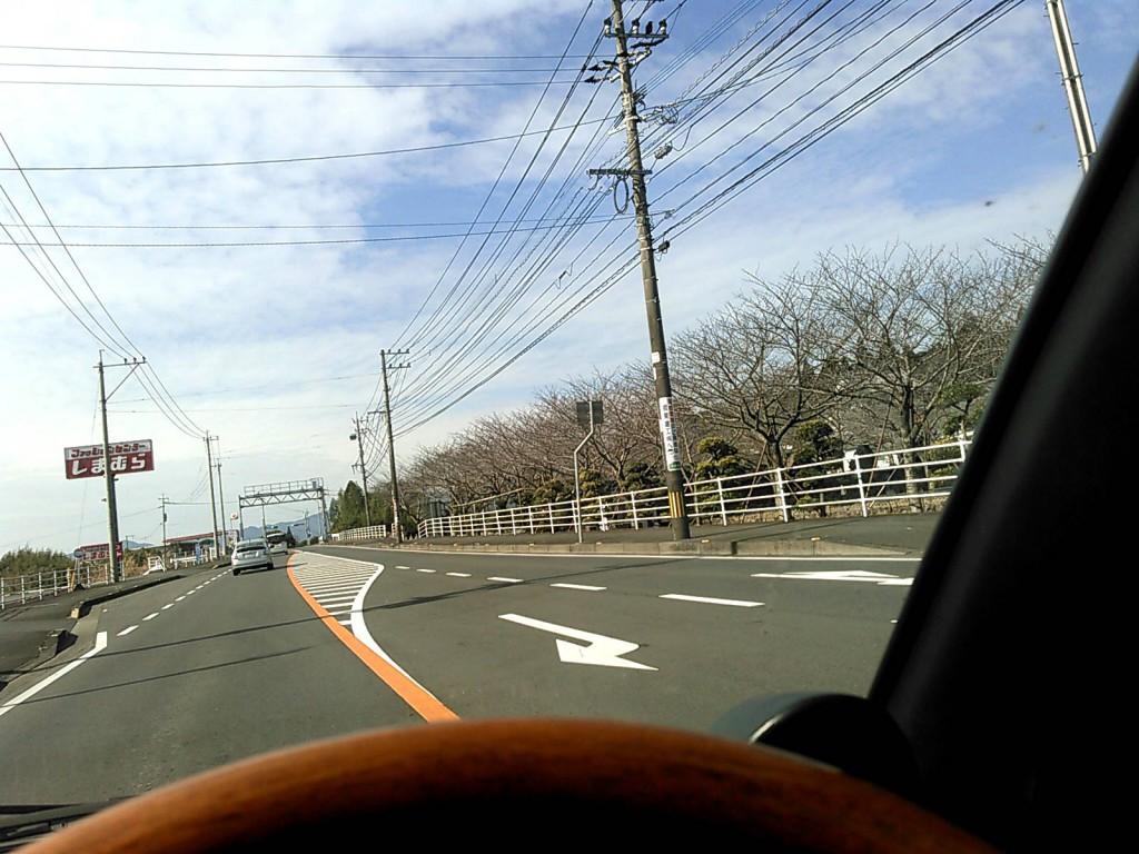 R268を一路小林市に向けて、快適なドライブです。