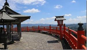 霞神社の馬頭観音展望台
