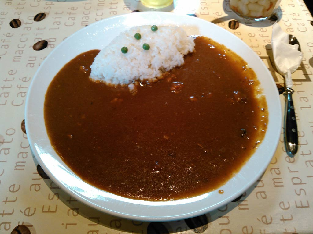 名物 湖月カレー 伝統の味