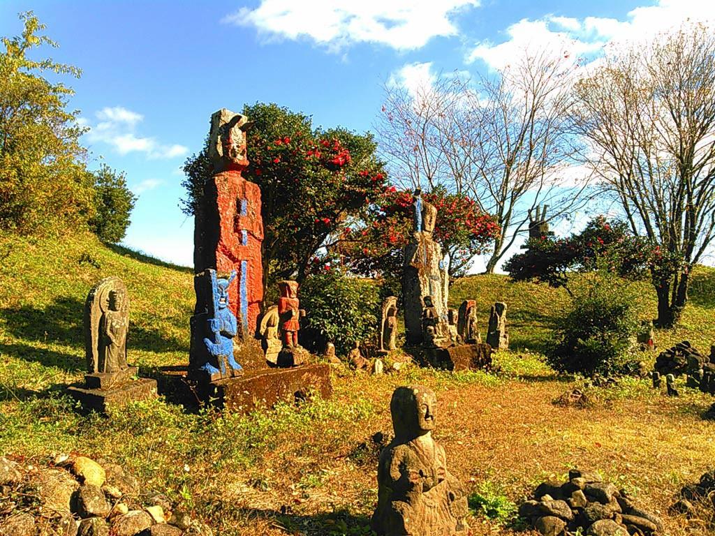 高鍋大師の石像