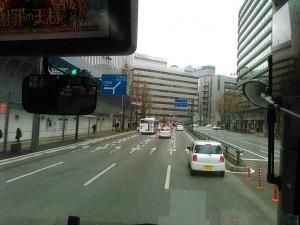 博多駅に停車した後、天神バスターミナルへ